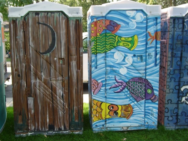 des moines designer porta potties