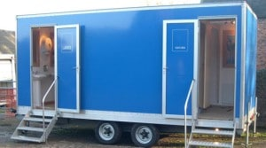 restroom trailers des moines ia